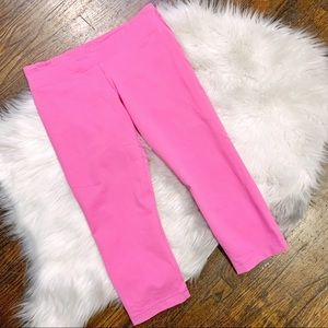 Under Armour Hot Pink Crop Leggings
